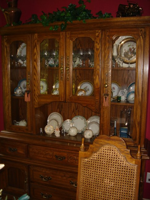 Country Style China Cabinet Goes With A Small Oval Table 4 Chairs That Are Also Available But Not Pictured E Mail For Photo Of Go